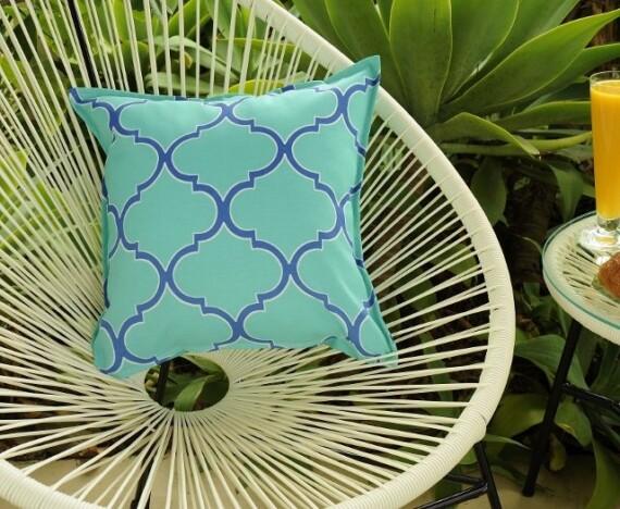Aqua and Blue Fretwork