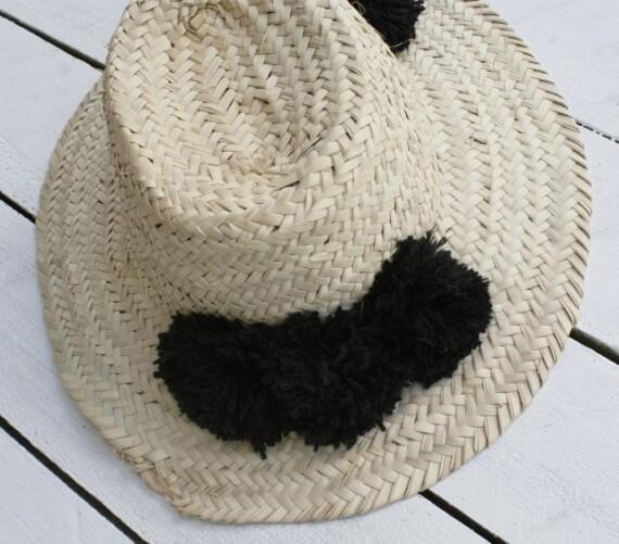 Pom Pom Handmade Moroccan Hat