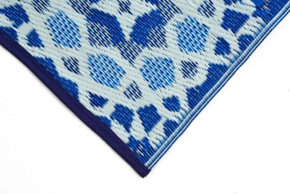 OMCHT1691MUBL blue Mosaic Outdoor Rug
