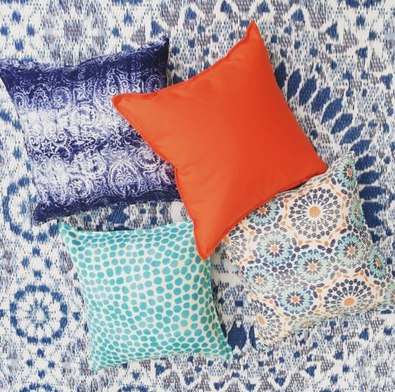 Bungalow Living Outdoor Indoor Cushions