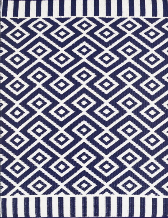 Bungalow Living Navy and White Geometric Outdoor Rug