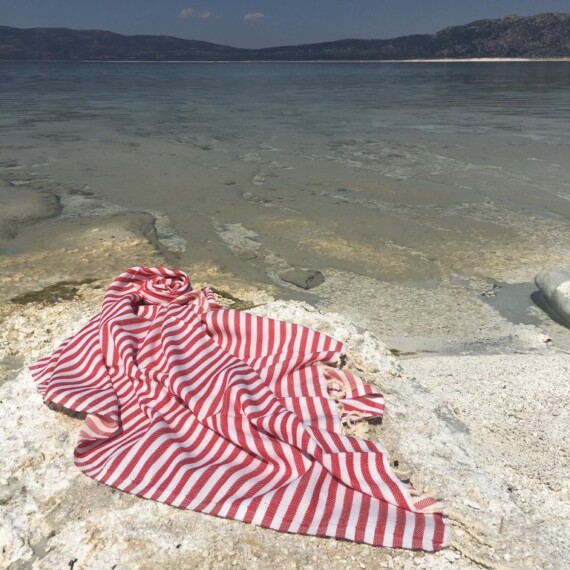 Red & White Stripe Turkish Towel 1