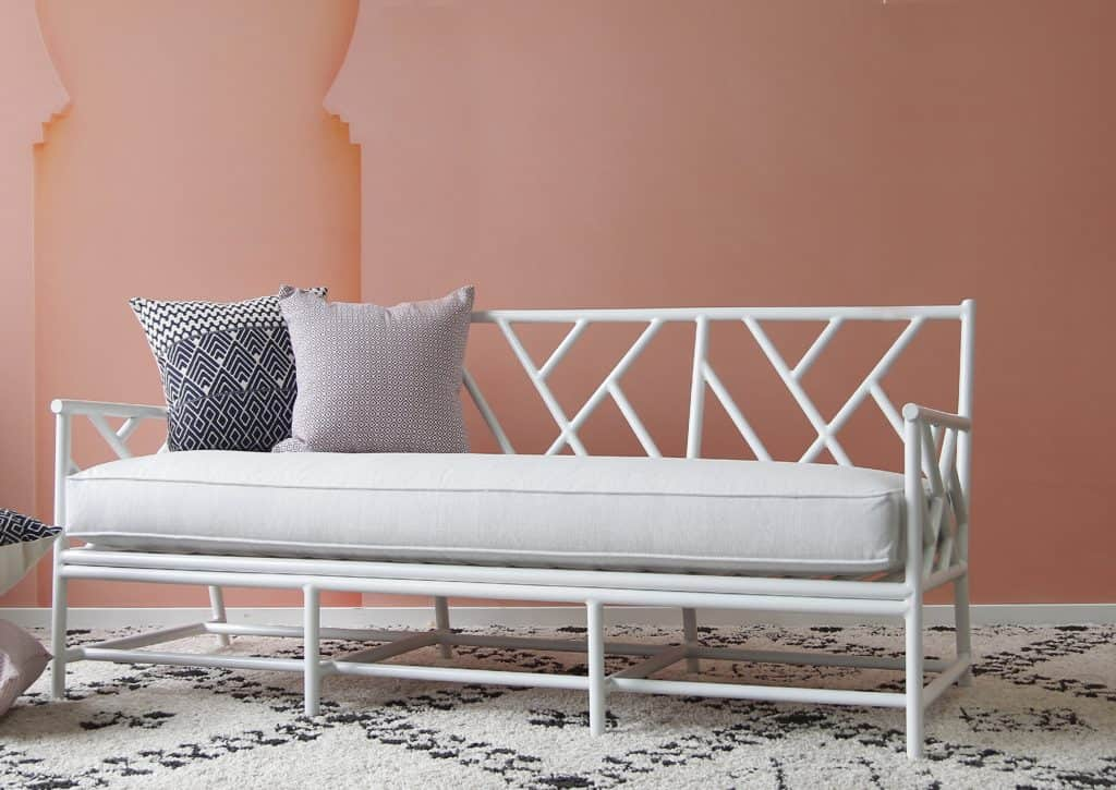 Palm Springs Daybed 2 White LS 1024x725