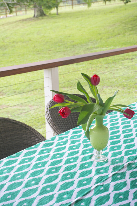 Bungalow Living Tablecloths 2019 Picture 10