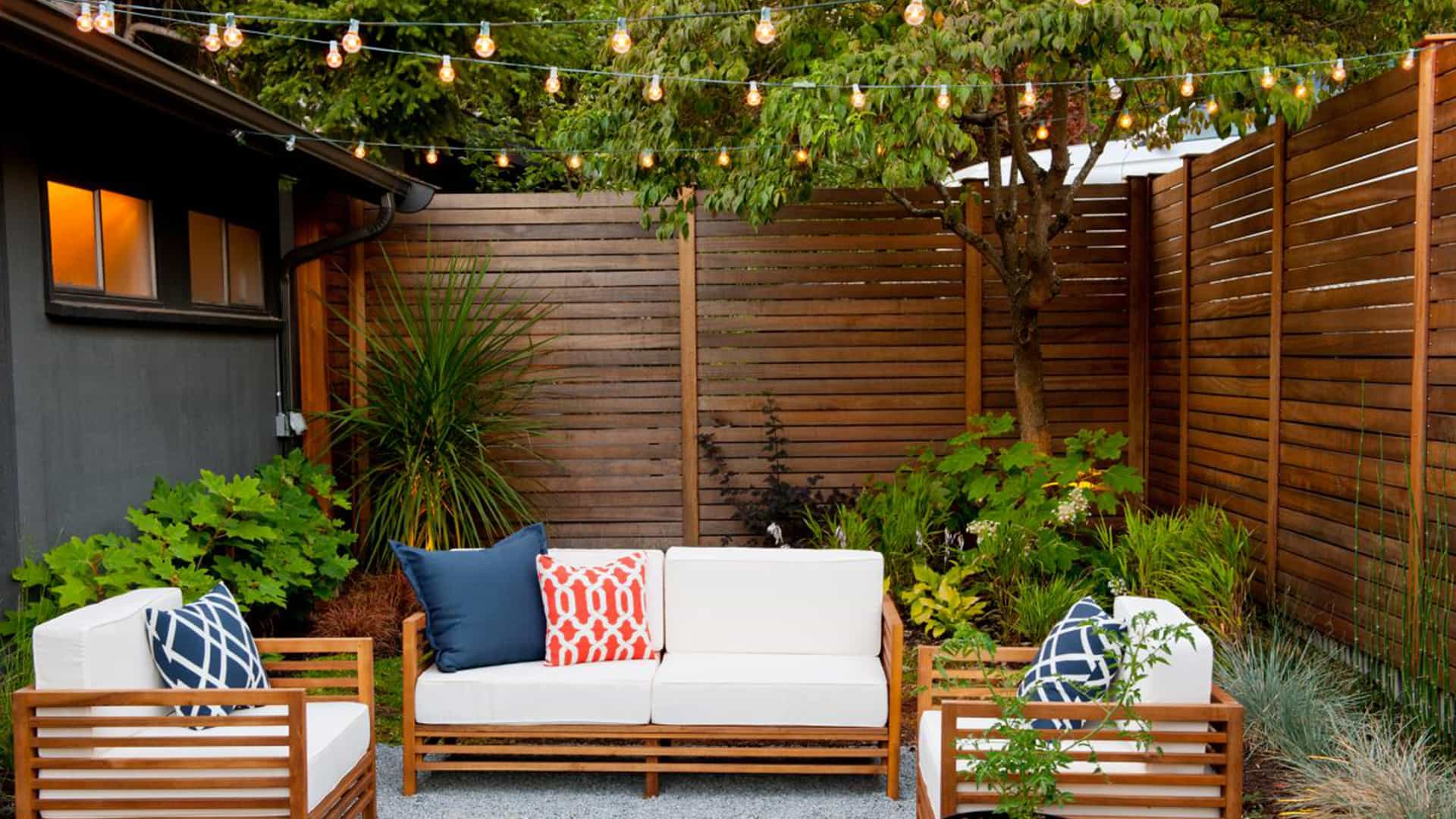 Outdoor Living Lighting Ideas